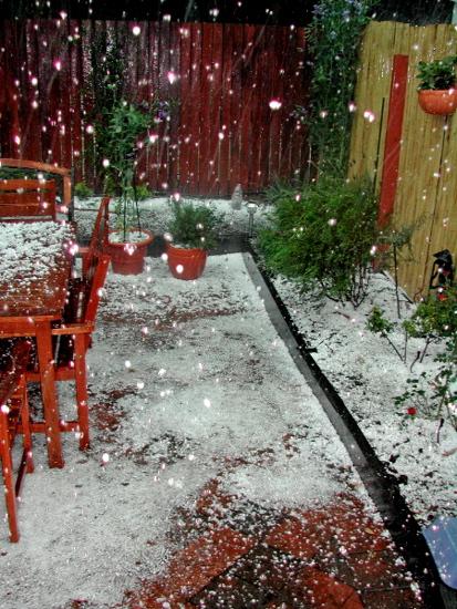 Hail falling in Watson